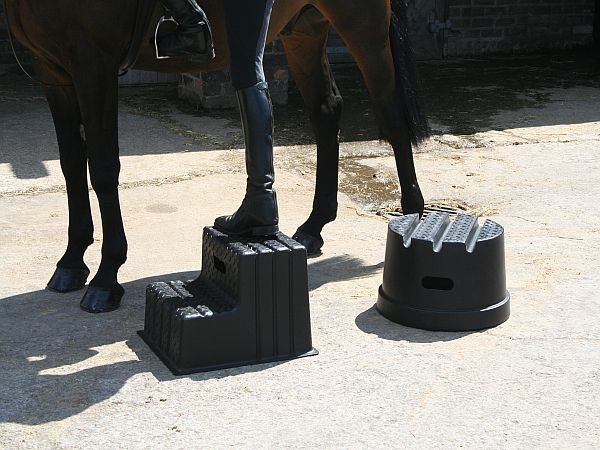 2 Step Portable Mounting Block Classic Showjumps