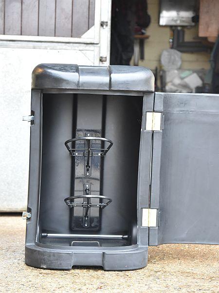 Tack Pack Portable Saddle Storage Cl320